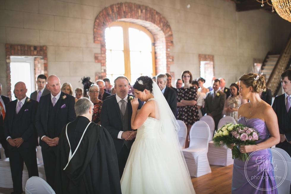 Grace-Hall-Wedding-Christopher-Kerri_0008